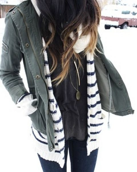 Dating: 5 Winter Date Night Outfits Guys Love | YourTango