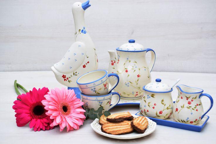 ¿Desayunamos? Sorprende con un desayuno o cualquiera de nuestras cestas, a domicilio. Vive la vida como un regalo! Visítanos en www.cestasdosamores.es