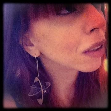 Wear it - Spotted in London. Thank u for sharing Joanna! #sustainable #fashion #Jewellery trash4flash.com