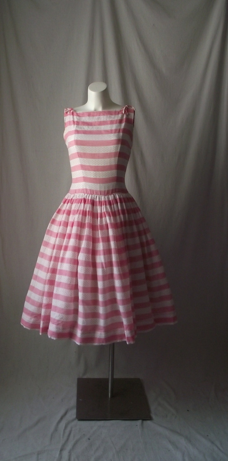 1950s Party Dress Fit and Flair Pink and White Stripes AND Polka Dots  Full Circle Skirt Medium. $125.00, via Etsy.: Polka Dots, Stripeddress Www 2Dayslook Com, Parties Dresses, 1950S Dresses, Kayyxchan Cards,  Crinolin, Hoopskirt, Full Circles Skirts, Dresses Stripes