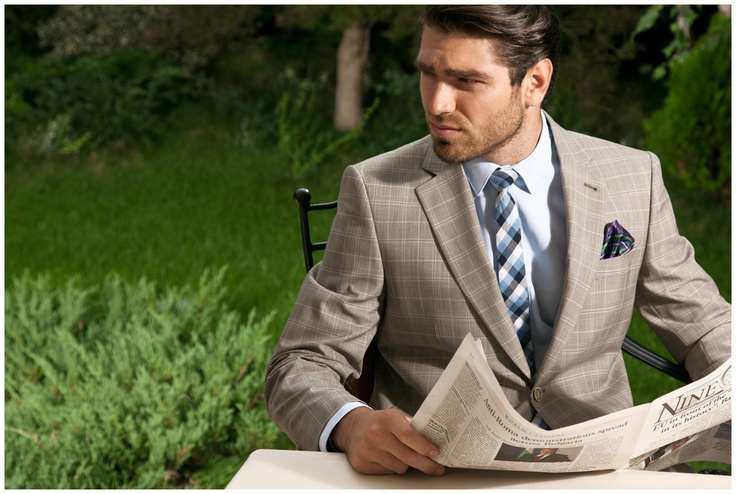 Nine O'Clock in the garden.   Man Fashion - a photosession for Tudor Tailor.