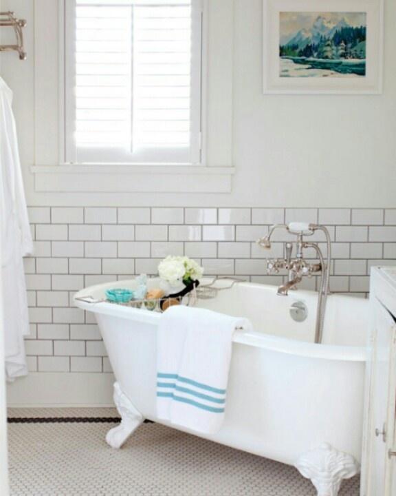 Top 10 Fixer Upper Bathrooms: 17 Best Images About Fixer Upper Bathroom On Pinterest
