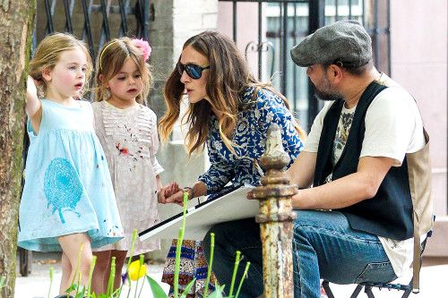 Sarah Jessica Parker picks up her daughters Marion and Tabitha from school on May 12, 2014