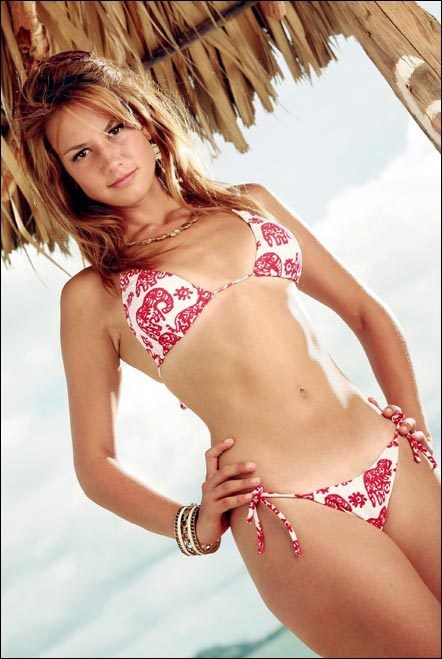 Hot mexican girls in bikinis