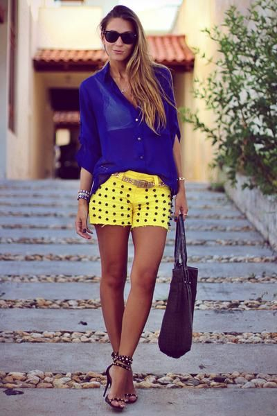 Studded 2 Chance Shorts, Wayfarer Rays, Ban Sunglasses, Studded Schutz Sandals