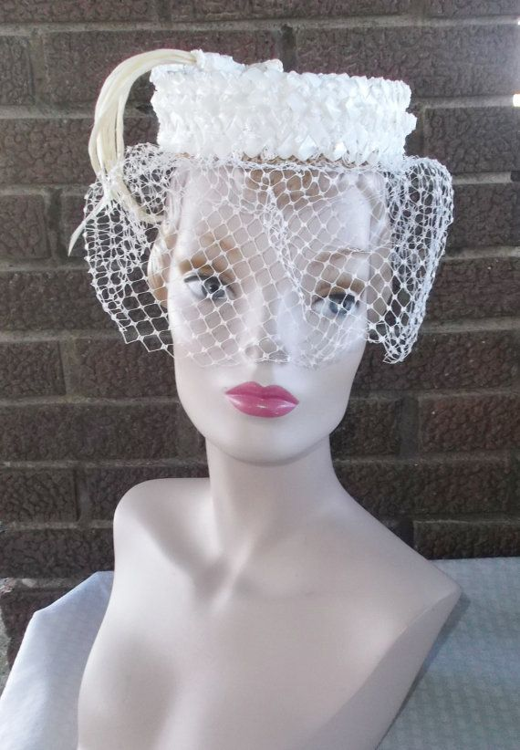 1960s Vintage White Pillbox Hat With Feathers And Veil