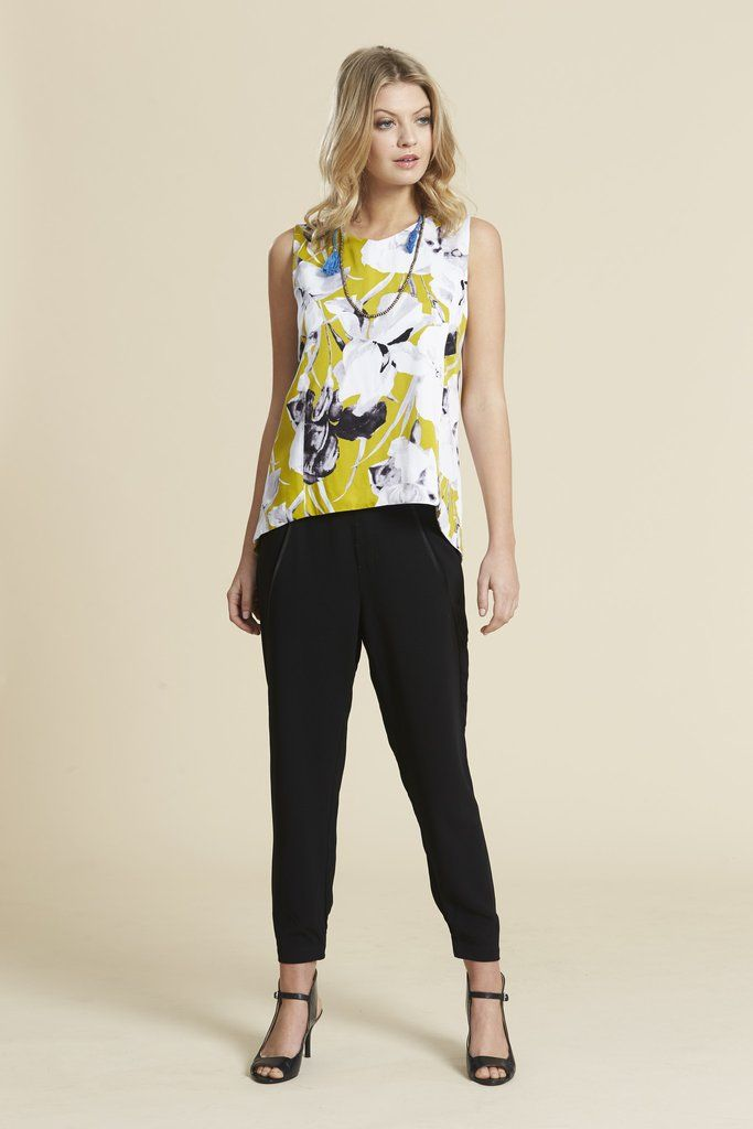 Scope Tail Blouse