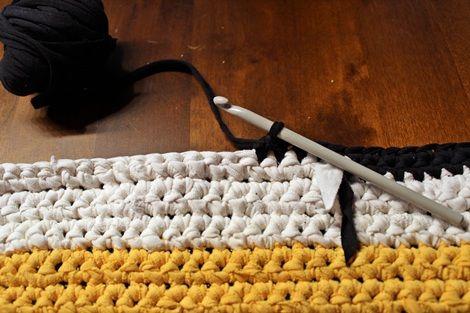 Crocheted T-Shirt Yarn Rug - creative jewish mom