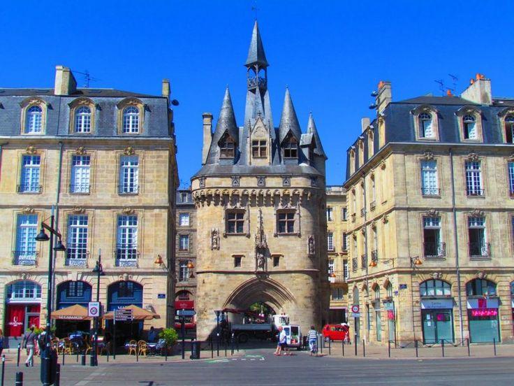 http://ru.esosedi.org/FR/B/1000478106/vorota_kayo/  Ворота Кайо – #Франция #Аквитания #Бордо (#FR_B) Национальный памятник Бордо