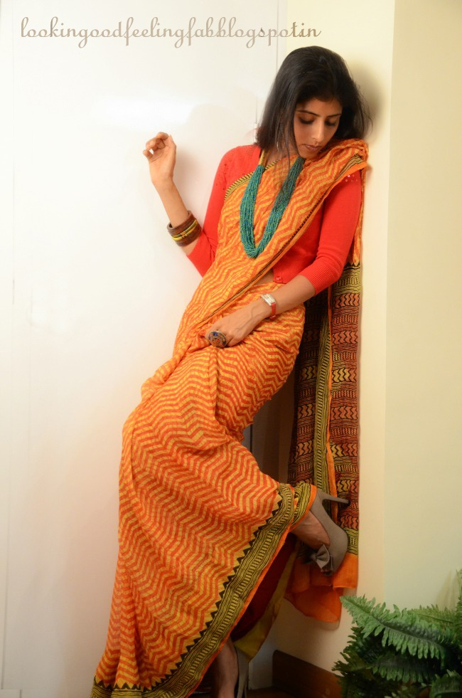 http://www.lookinggoodfeelingfab.com/2013/04/the-indian-saree-having-some-fun-with-it.html having fun with the everyday indian #sari #saree