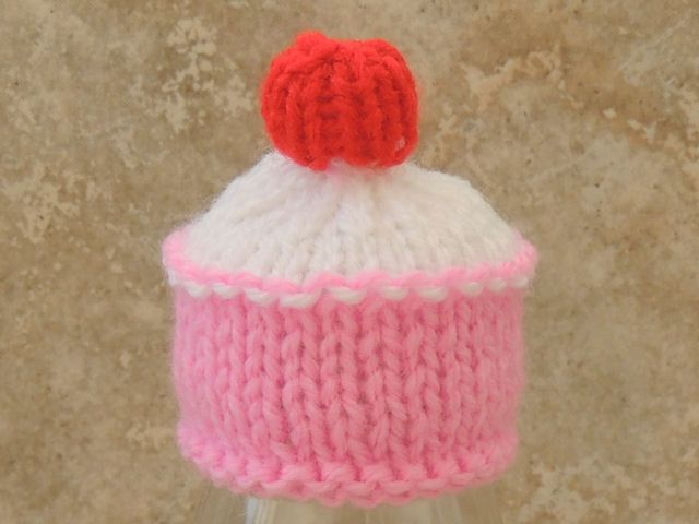 Innocent Smoothies Big Knit Hats - Cup Cake Pattern