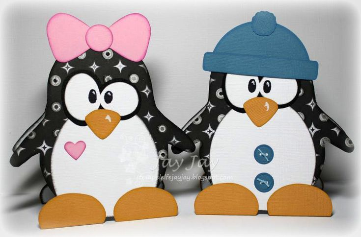 Two cute penguins. i love the toque!