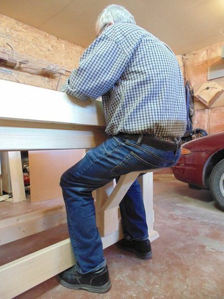BEST SEAT IN THE SHOP - by kiefer @ LumberJocks.com ~ woodworking community