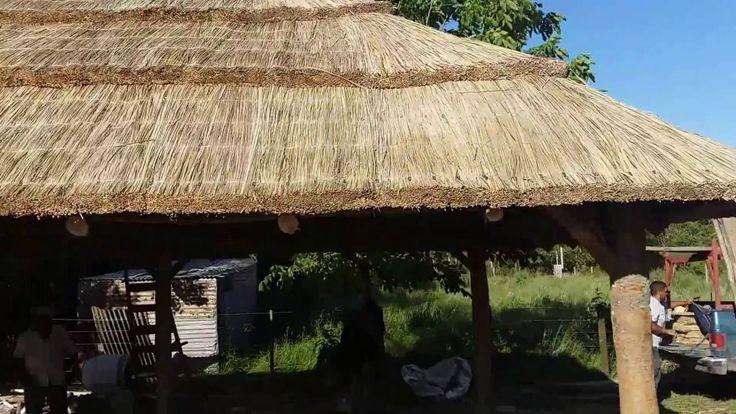 Las 25 mejores ideas sobre tejado a cuatro aguas en for Tejados de madera a 4 aguas