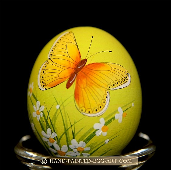 Hand-Painted-Egg-Art. Designs by Margit Jakab. Butterfly Wings