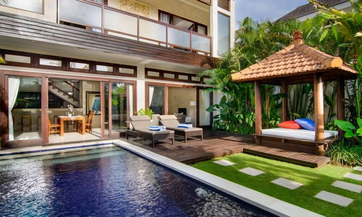 The relaxed getaway that is Villa Istana represents the epitome of comfort within a tropical island setting. Designed in Balinese‐style architecture with a modern twist, Villa Istana Satu is loca