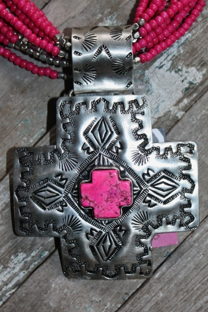 El Paso Silver Cross with Pink Pendant  $46.95  http://www.giddyupglamouronline.com/catalog.php?item=5482