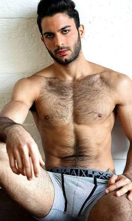Naked Arad moški - Recherche Google Dlakavi moški 1 Nazaj-9450