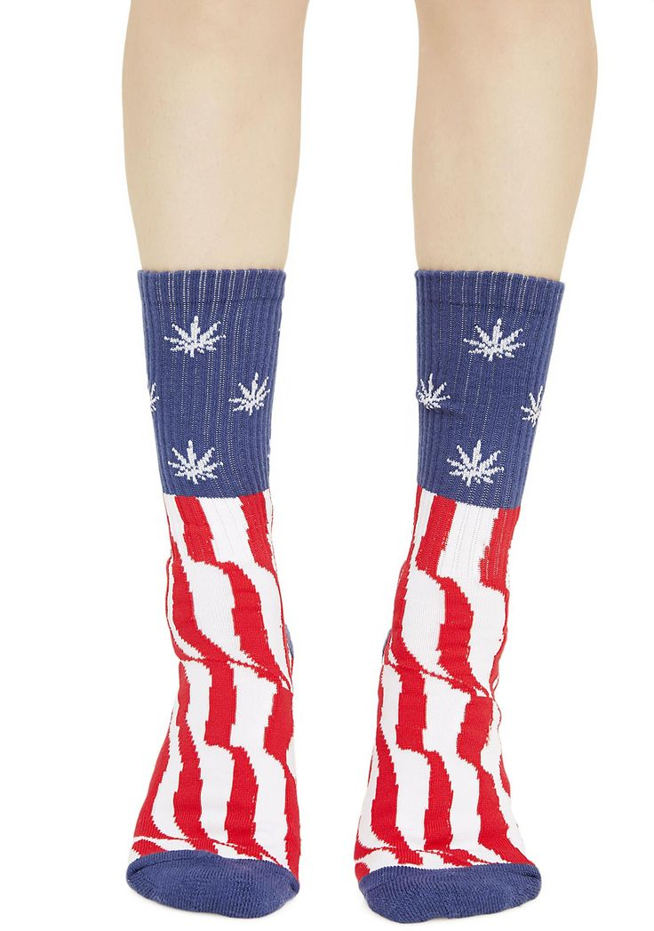 HUF Legalize Freedom Crew Socks cuz this is still America, dammit! Pledge allegiance to startin' shit and rock these sikk socks featuring a comfy construction, contrasting heel and toe panels and an American Flag pattern with teeny weed leaves instead of stars!