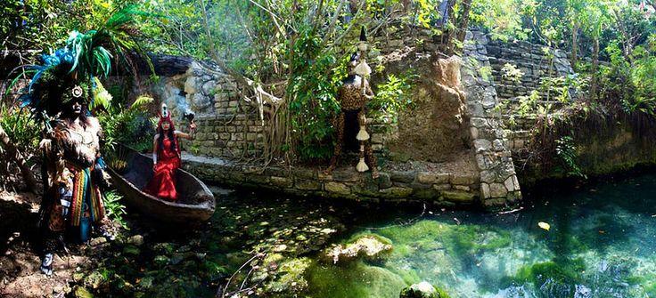 Интересные места рядом с Плайя-дель-Кармен:  Тематический парк Шкарет, посвященный культуре индейцев майя. Необыкновенно красивый!
