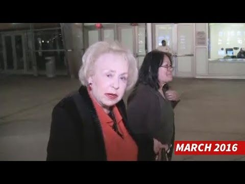 Doris Roberts Dead At 90 -- Last Time We Saw Her - YouTube