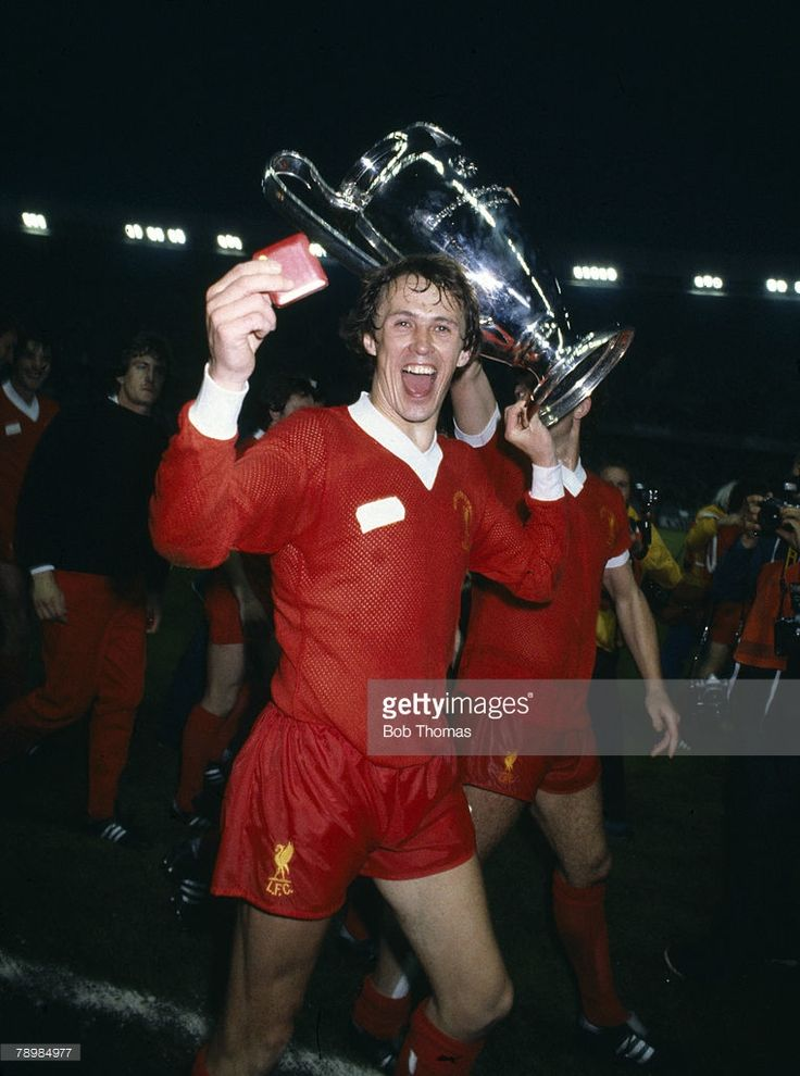 27th May 1981, European Cup Final in Paris, Liverpool 1 v Real Madrid 0, Liverpool defender Phil Neal celebrates during the lap of honour, Phil Neal won 50 England international caps between 1976-1984 #LFC