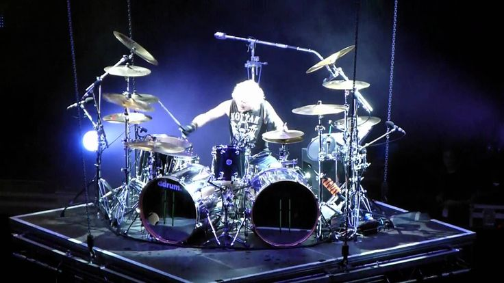 DRUM SOLO - JAMES KOTTAK / SCORPIONS LIVE IN PHILLY/