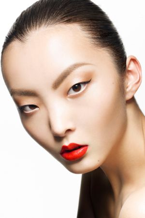 日本人モデルが語る、秘密のビューティ・メソッド。 ビューティ ... Maaya