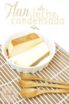 FLAN DE LECHE CONDENSADA (molde de plumcake de 23 cm. de largo) Ingredientes: - 4 huevos tamaño L - 1 bote de leche condensada pequeño (de 370 gr.) - Leche (no me olvido la cantidad... está explicado abajo! :P) - 2 - 3 cucharadas soperas de azúcar - Caramelo