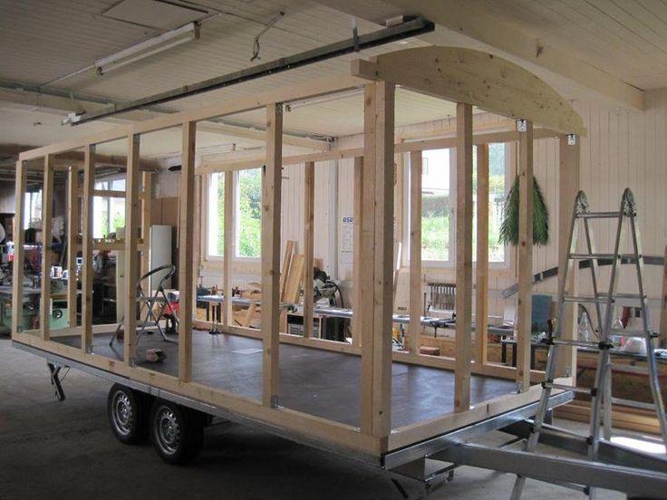 Der Schäferwagenbau Jochen Müller bietet seinen Kunden auf Anfrage nur einen Aussenbau an und somit können Heimwerker den Wagen innen selber ausbauen