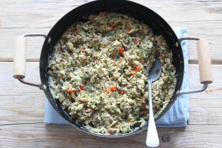 Op zoek naar het recept voor een rijstschotel? We hebben het recept voor een lekkere, simpele en snelle rijstschotel voor je!