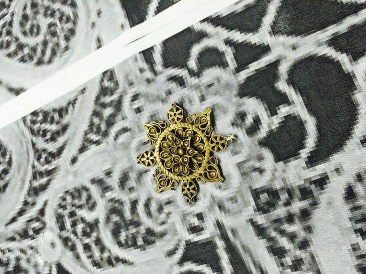 Filigran Spiegel bringt eine der ältesten Schmuckherstellung Techniken | FILIGREE SPIEGEL, die neueste Neuheit präsentiert von Boca do Lobo ist ein von einer Kunstwerk, das diese alte und edle Metallverarbeitung Technik verkörpert. | http://wohn-designtrend.de/ | #filigran #goldspiegel #design #welovedesign