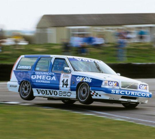 Volvo 850 BTCC race car
