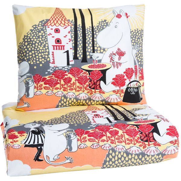 Ruusumuumi kids duvet cover set by Finlayson.