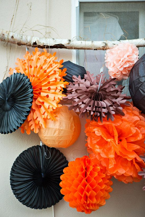Fall Parties | Holiday Decorations: Halloween Decorations, Backyard Halloween, Halloween Paper, Paper Lanterns, Halloween Theme Parties, Blaine S Wedding, Halloween Party, Backyards, Paper Decorations
