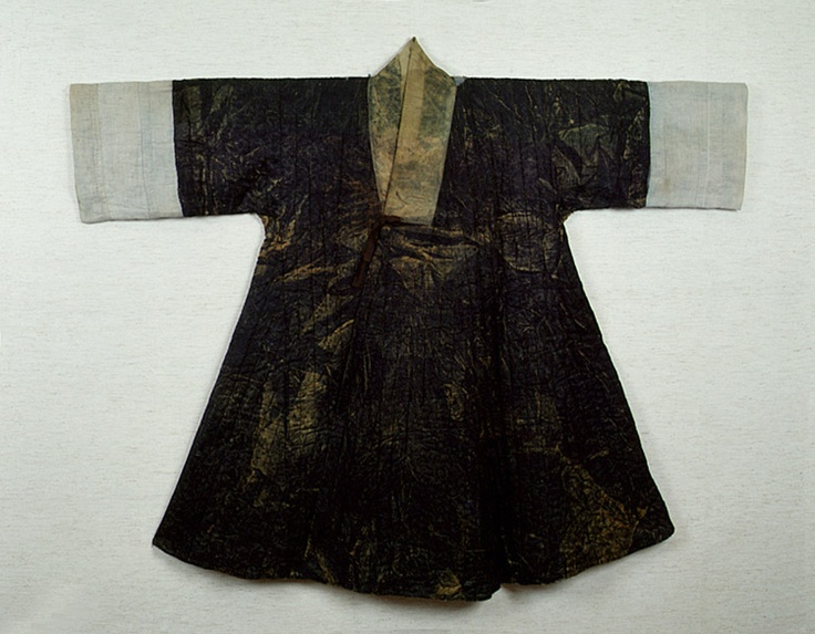 Quilted outer garment of Kim Ham. (Nubi Jingnyeongpo). Important Folklore Cultural Heritage 209. Kim Ham (1568-1598) was a Joseon Dynasty general, died after fighting with Japanese pirates. Source: http://jikimi.cha.go.kr/english/search_plaza_new/ECulresult_Db_View.jsp?VdkVgwKey=18,02090100,36=*=0=EN_03_02