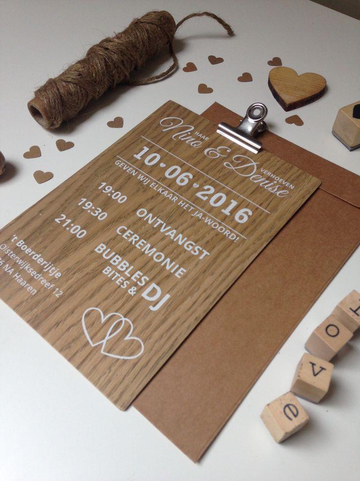 wood wedding invitation  houten trouwkaart