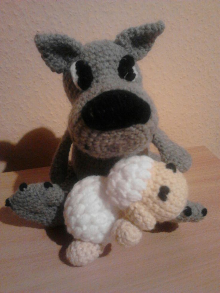 7 best Wolf crochet images on Pinterest | Juguetes de ganchillo ...
