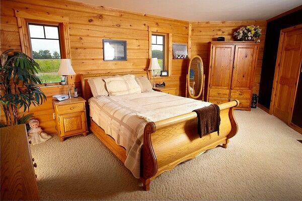 Colonial Concepts Log & Timberframe - Custom bedroom