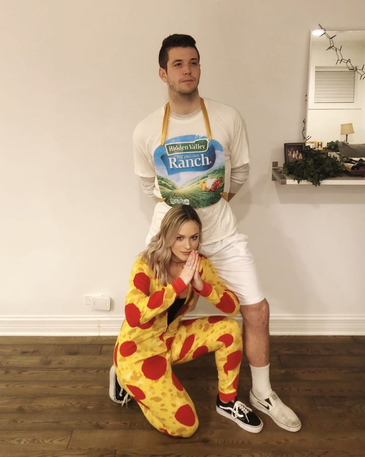 Couples costume. Pizza and ranch.