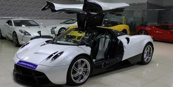 Pagani Huayra Put Up For Sale In Dubai - http://www.dailytechs.com/pagani-huayra-put-up-for-sale-in-dubai/