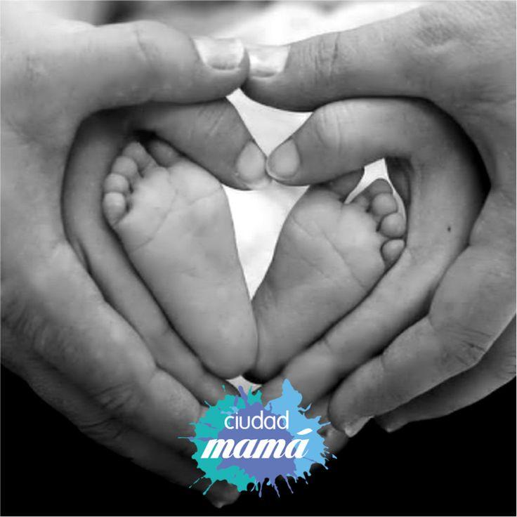 Lo único que no podrás comprar en el #CyberLunes es el amor de #mamá... Éste es totalmente ¡GRATIS!