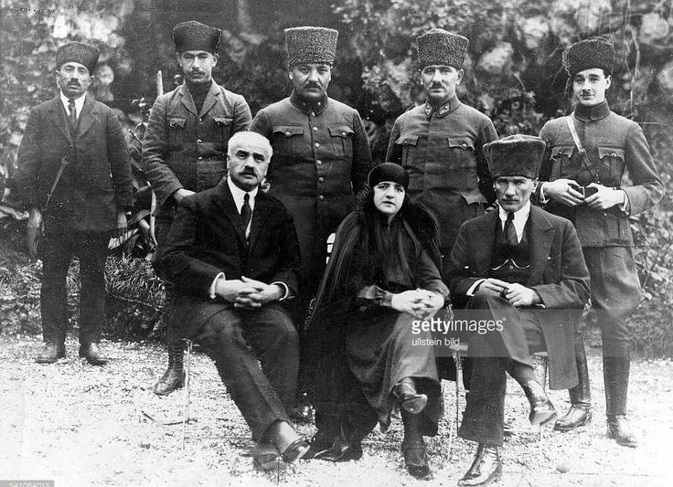 Mustafa Kemal, Latife Hanım