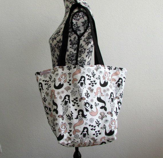 Comoda e originale borsa fatta a mano con sirene di RocknGiu