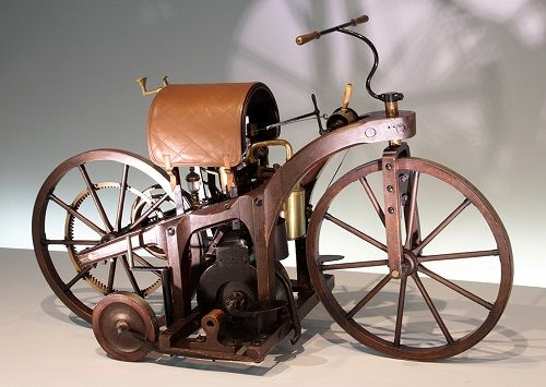 worlds first motorcycle | autos - photos: VOITURES D' ALLEMAGNE --- BENZ & CIE --- 1883 --- 1926 ...
