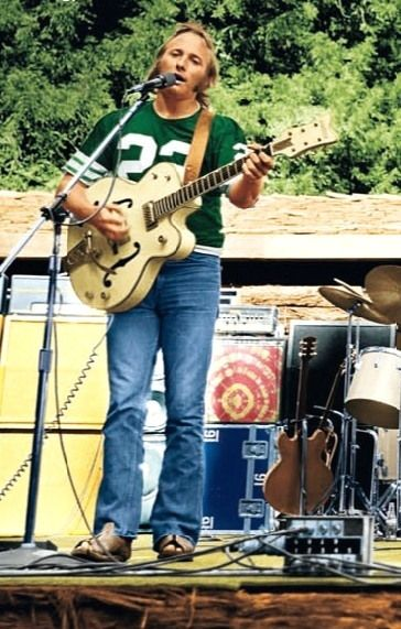 Stephen Stills,(born January 3, 1945) is an American singer and multi-instrumentalist best known for his work with Buffalo Springfield and Crosby, Stills, Nash & Young.