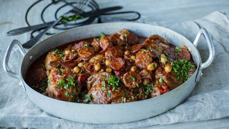 - Kylling- og Chorizo Gryte - chicken-and chorizo stew, with chickpeas