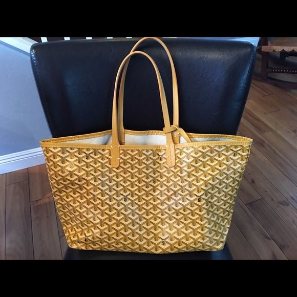 Handbag Price reflects . Goyard Size PM . Dust bag included . Goyard Bags Totes