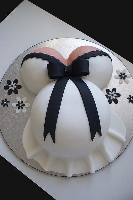pregnant cake by Verusca's Cake, via Flickr