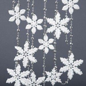 6'WHITE & SILVER ACRYLIC SNOWFLAKE GARLAND W/BEADS.